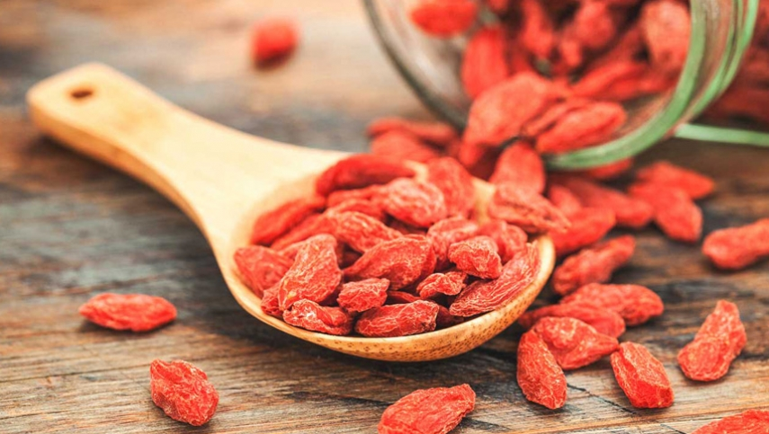 Goji Berry Health Properties and Benefits Review